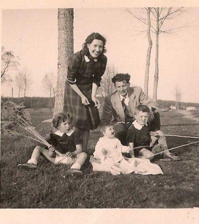 Famille Rousseau Pâques 1948