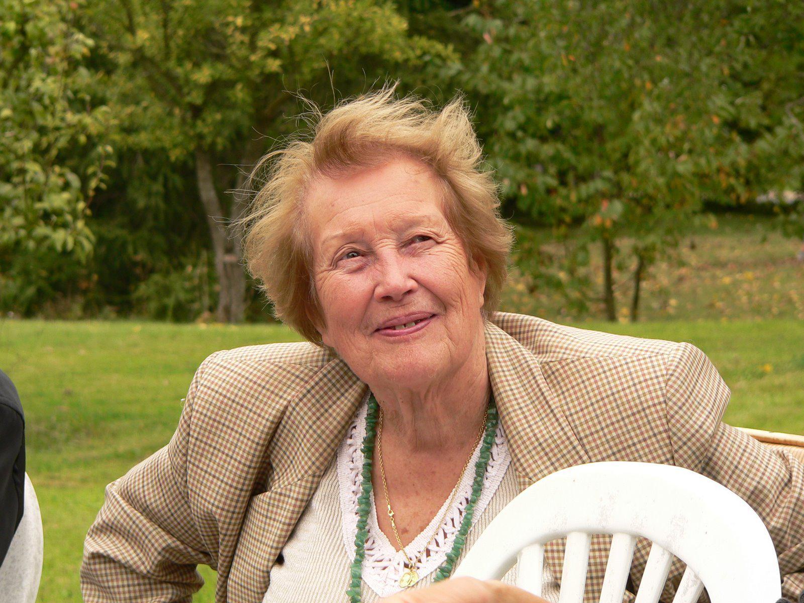Madame Renée ROUSSEAU